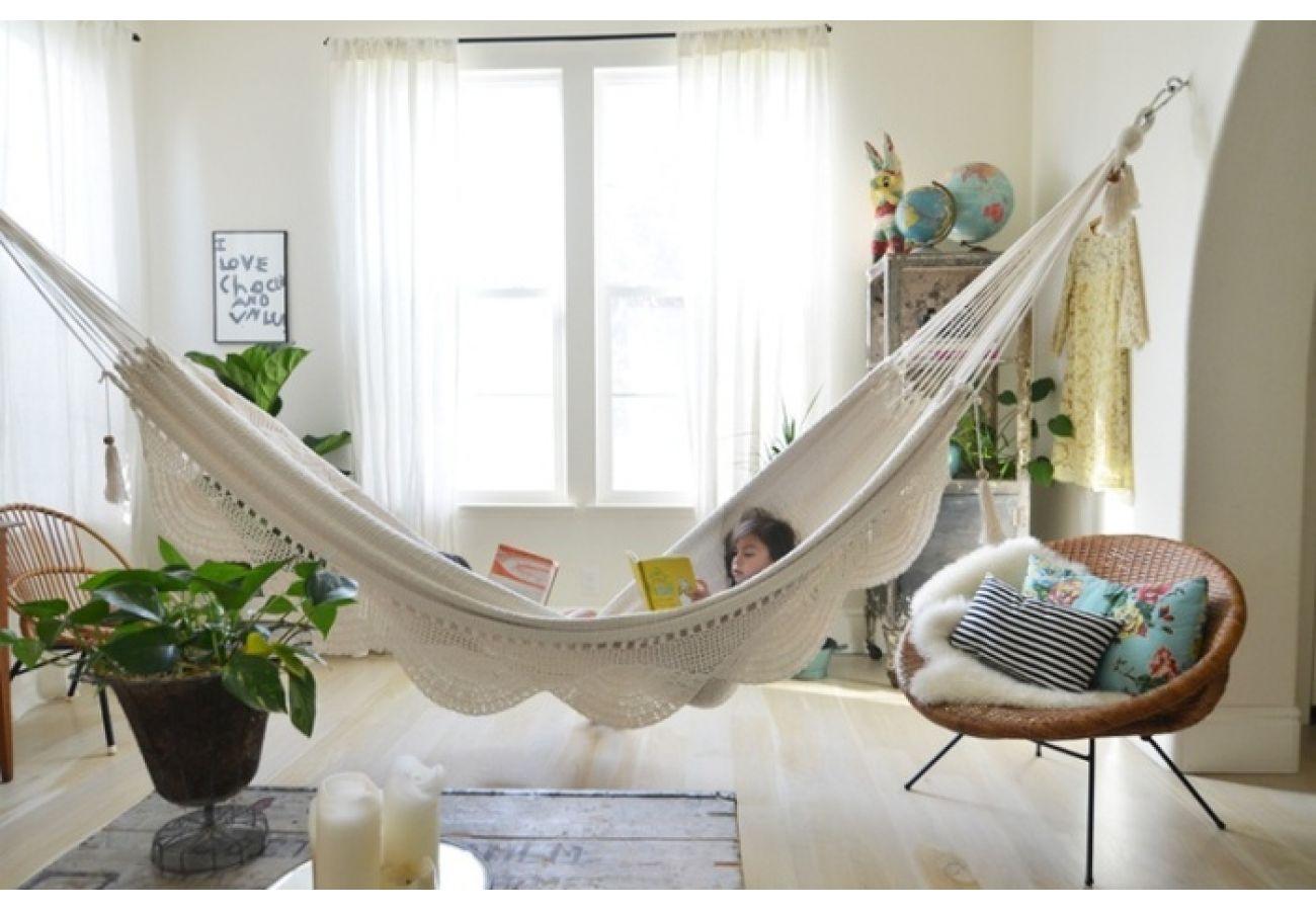 Гамак в квартире Идеи и фото стильных интерьеров